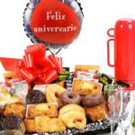 Desayuno aniversarioSorprende a tu pareja desde primera hora con un desayuno de aniversario a domicilio.